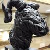 韩国艺术家用废旧轮胎模拟皮肤质感的创意雕塑设计