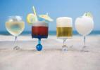 可以稳稳固定在沙滩上的杯子Beach Glass