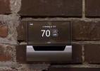 搭载微软Cortana语音助手的智能温控器