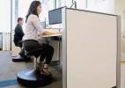 主动维持平衡的升降椅SitTight
