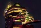 为了寻找现实中的千与千寻世界,他把虚拟的油屋大楼还原成真了!