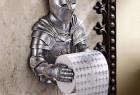 中世纪的骑士卫生纸架