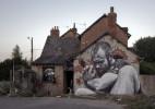 德国街头艺术家 MTO 充满张力的街头壁画创作