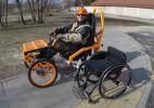 坐轮椅的人也能玩上越野