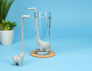 创意吸管:水中的大象