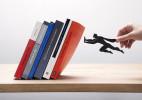 Book & Hero 创意桌面书挡