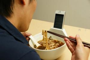 有趣的多功能饭碗创意产品 拉面碗手机基座