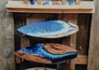 木材与树脂制作的冲浪板