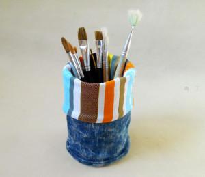 废旧牛仔裤各种改造 简单实用的小笔筒做法
