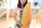 超级逼真的水果蔬菜抱枕