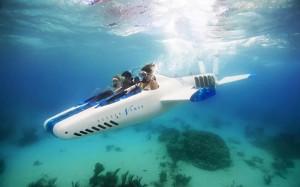 土豪新玩意:敞篷潜水艇,可坐三人下潜40米深,75万租一次