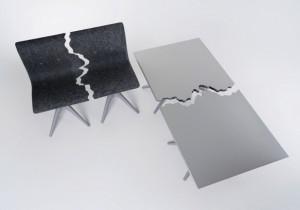 撕裂的桌椅