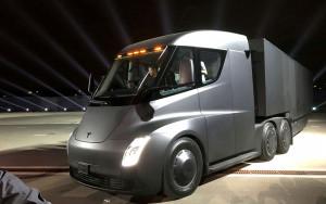 特斯拉即将量产半挂卡车 Semi