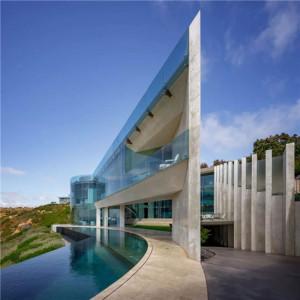 """这栋叫""""刀锋""""的别墅卖1.4亿,灵感源于钢铁侠的豪宅"""