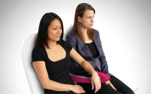 节省空间的双人座椅扶手