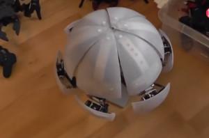 MorpHex能滚能爬的六足球型机器人