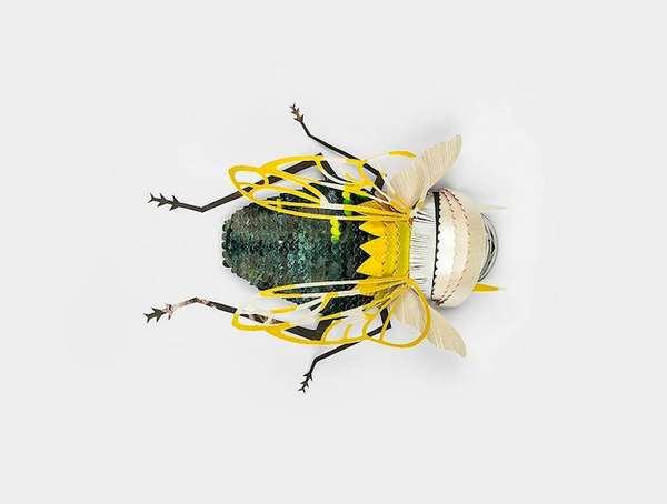 用纸制作的昆虫雕塑