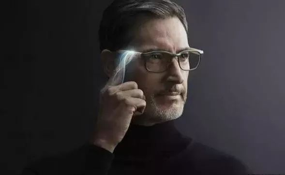 岛国推出电子变焦眼镜,能让你同时看清远近的物体