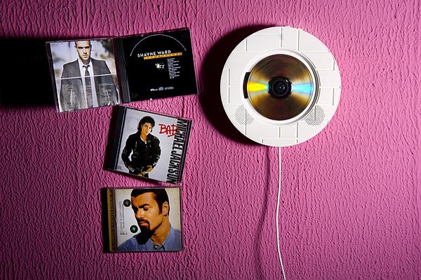 壁挂式迷你CD播放机