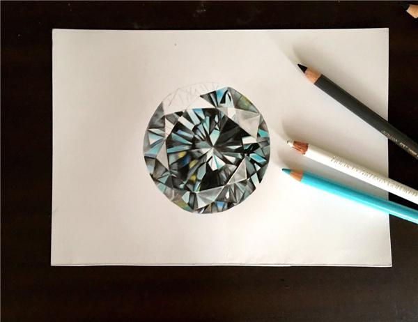 15岁日本天才绘画师 用铅笔画出超逼真宝石