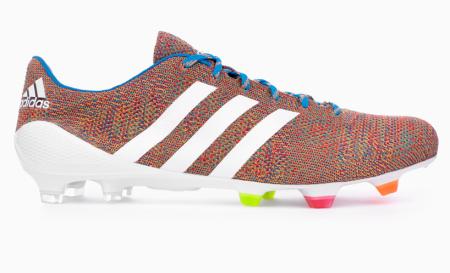 阿迪达斯针织足球鞋Samba Primeknit创意设计