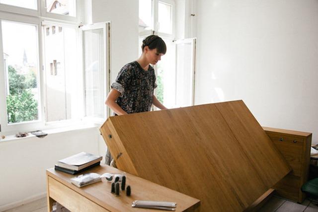 适用于小空间的多功能创意办公桌