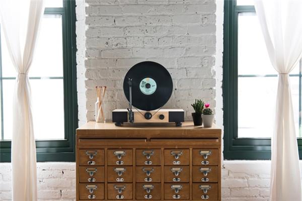 Floating Record黑胶唱片机,音乐也能看得见