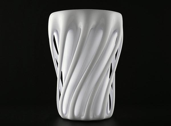 创意的舞蹈杯子