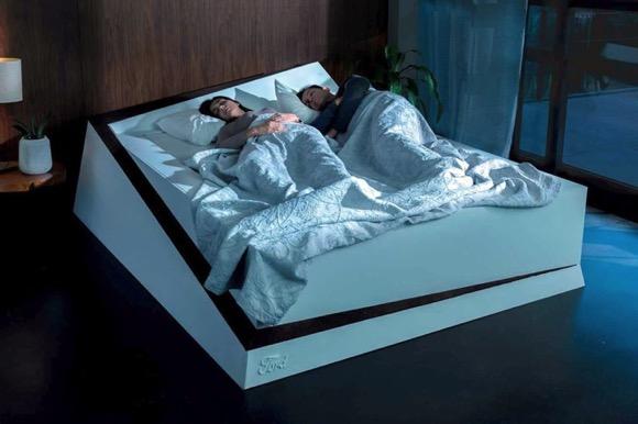 永远不会被挤下去的智能床