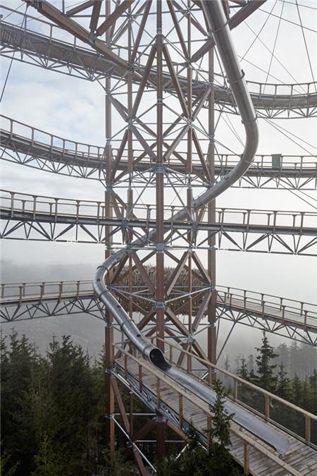 捷克高空极限滑梯