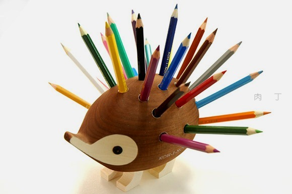 有趣的刺猬造型笔筒创意商品设计