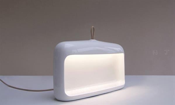 两款治愈系落地灯创意灯具设计作品图片欣赏