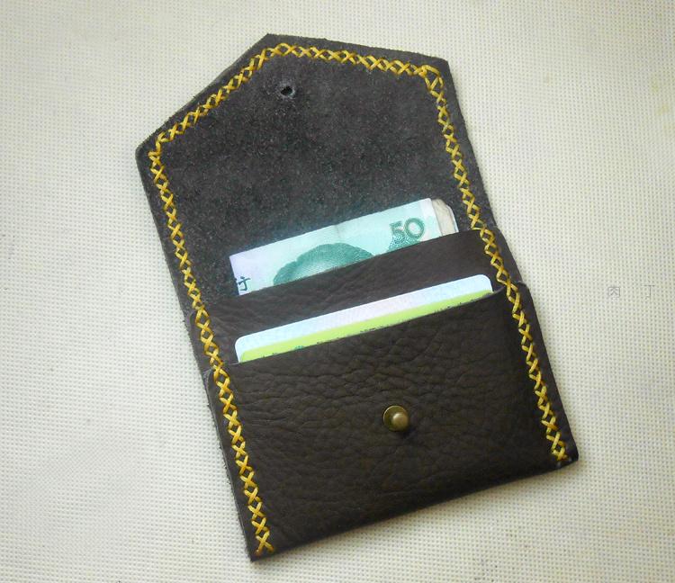 手工皮艺复古小钱包的做法