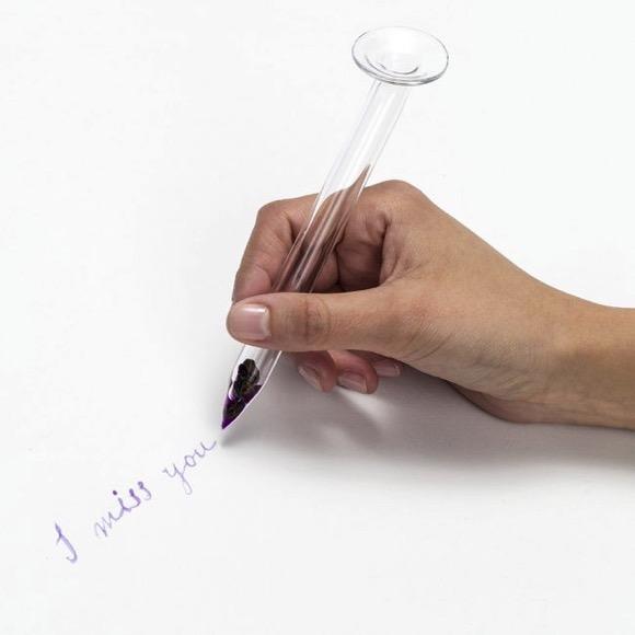 玻璃笔:让眼泪不会白流