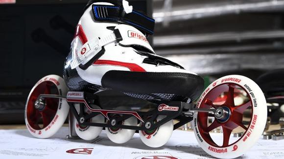 目前最快的轮滑鞋