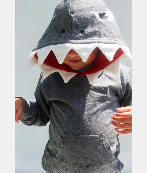 可爱鲨鱼连帽衫
