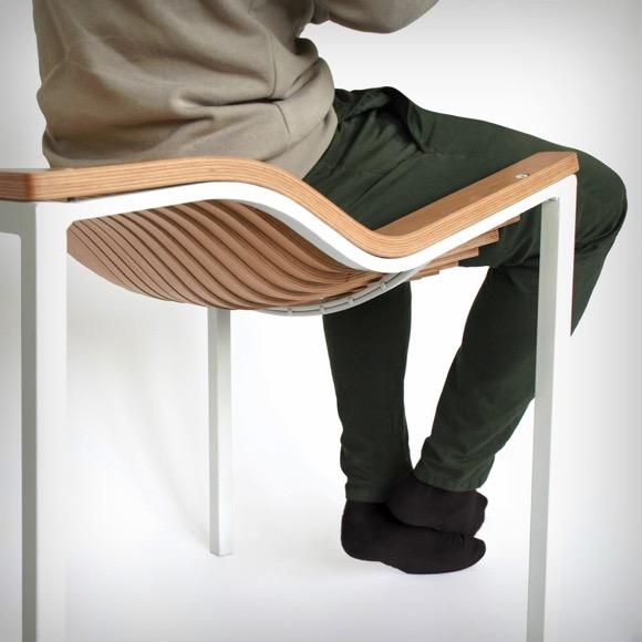 """木质座椅也能如此""""柔软"""""""