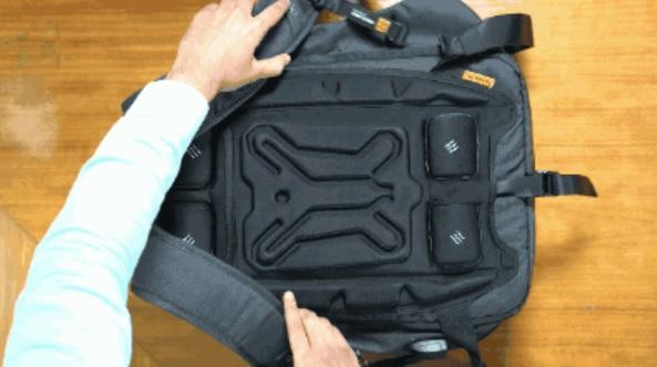 创意EUME 按摩背包