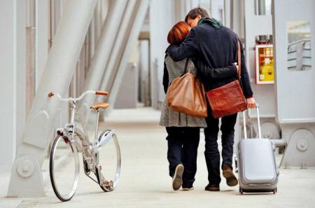 轻巧折叠的旅行自行车
